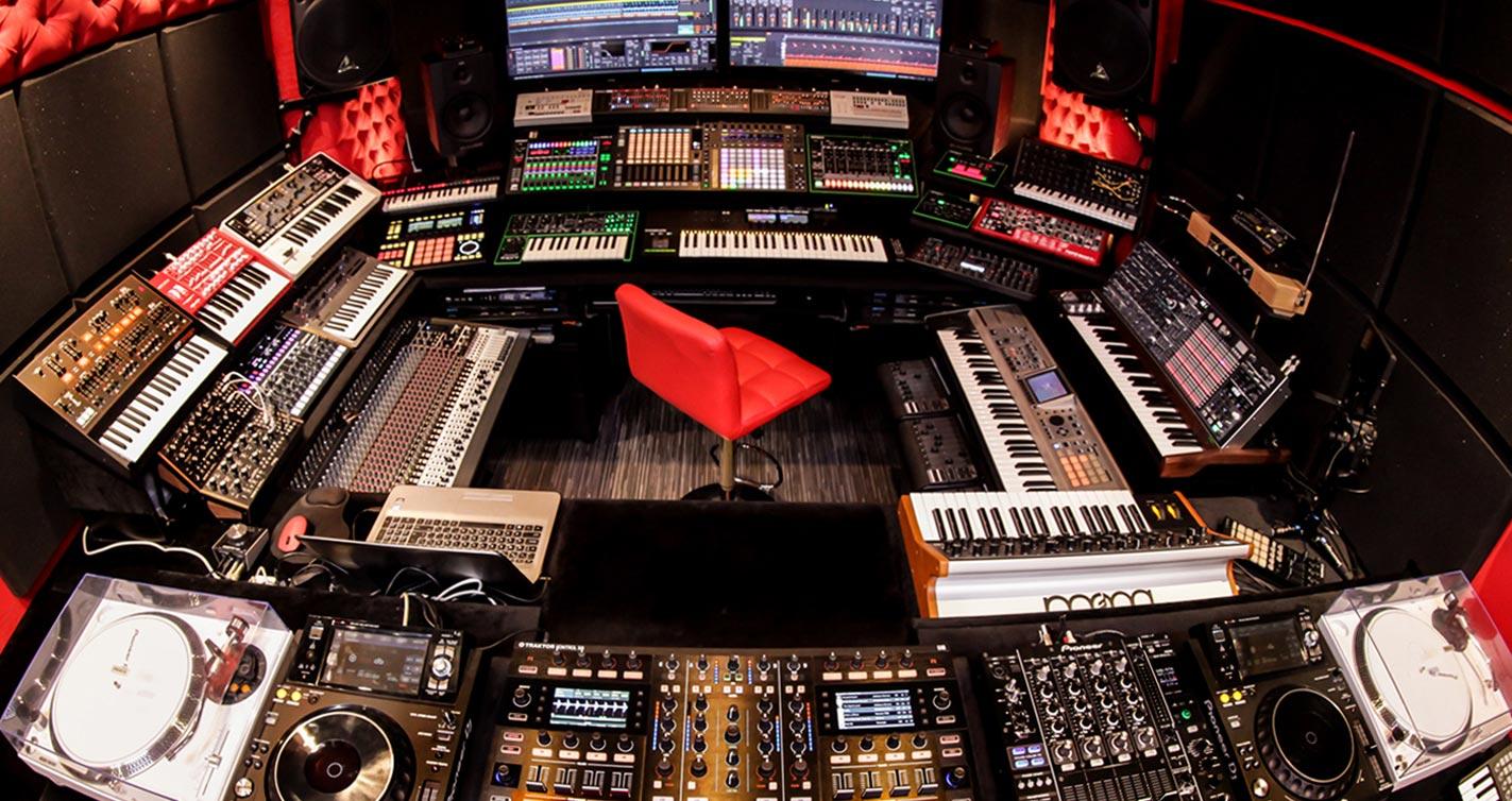 Per-vurt DJ & Electronic Music Production School, Studio, Label, Store Lebanon