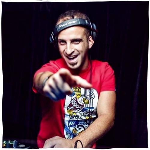 DJ Madjam Supports Per-vurt DJ and Music Production School and Music Technology Store Berut Lebanon