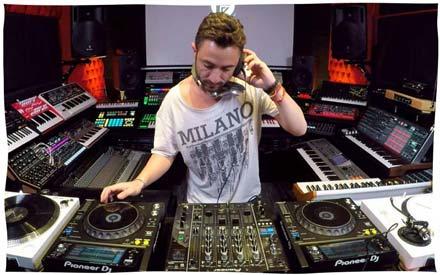 3LIAS Stamina Beirut Lebanon DJ Producer Live Session Mix Per-vurt Studio