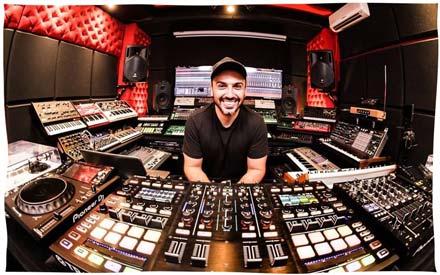 DJ & Producer G-Mohris Per-vurt Studio