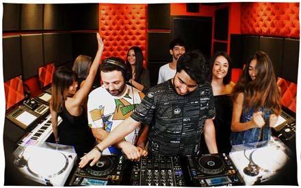 Eli Rolbac Beirut Lebanon DJ Producer Live Session Mix Per-vurt Studio